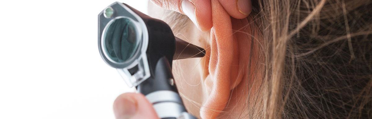visita medica orecchio